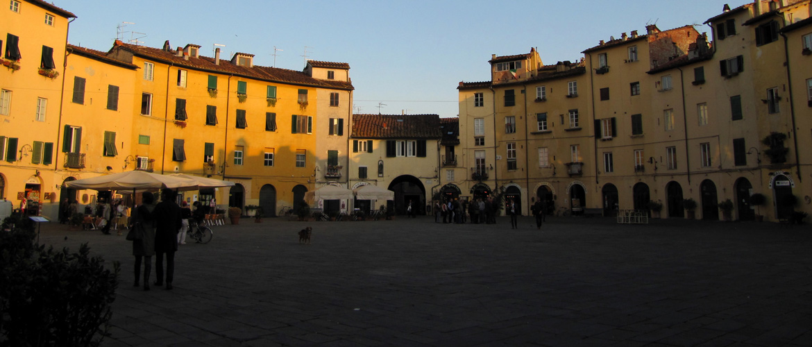 tour rent event Lucca Tuscany Italy